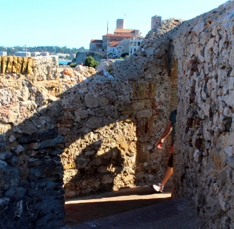 Antibes: Les Remparts.