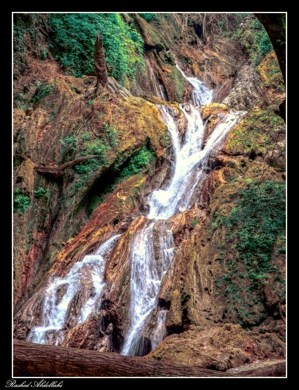 در مسیر آبشار کبودوال