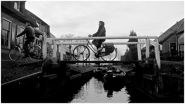 Biking in the city with no roads (2)