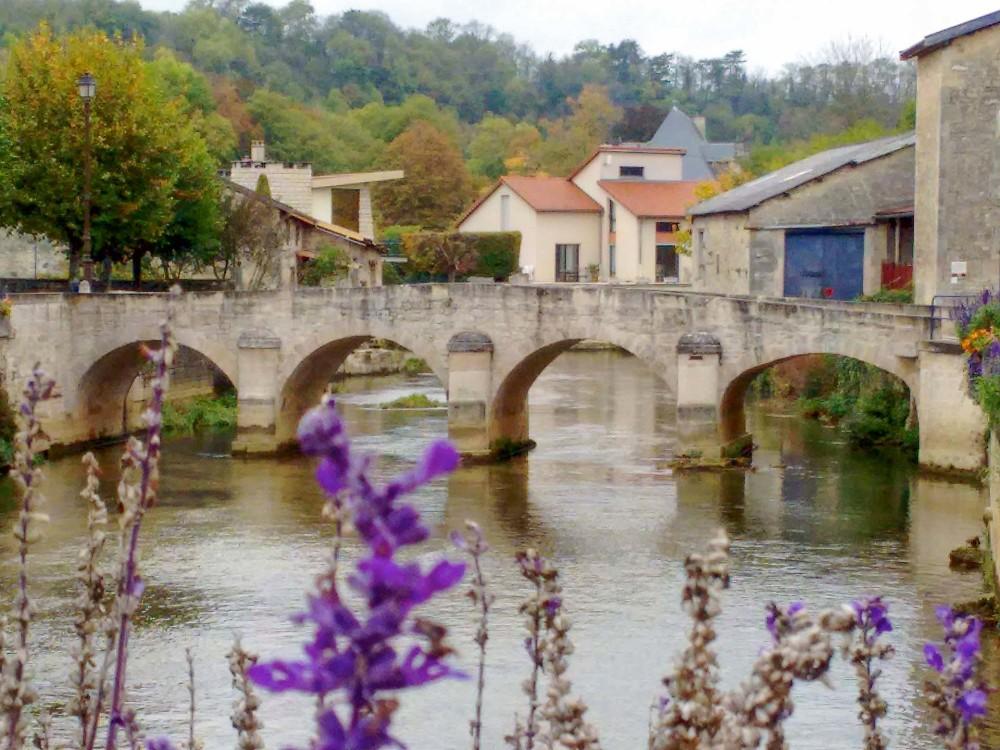 Le petit pont du XVI e siècle