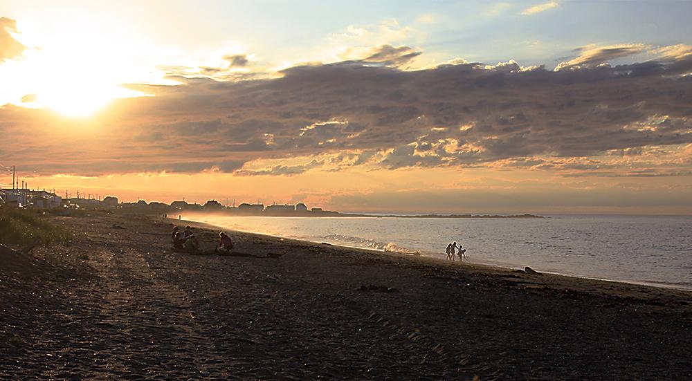 soirée sur la plage à Ste-Anne-des-Monts.