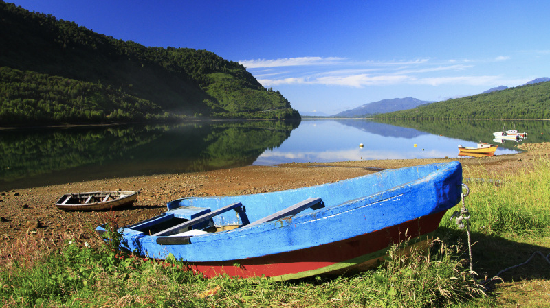 Calm morning in Puyuhuapi