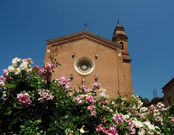 Une cathédrale fleurie