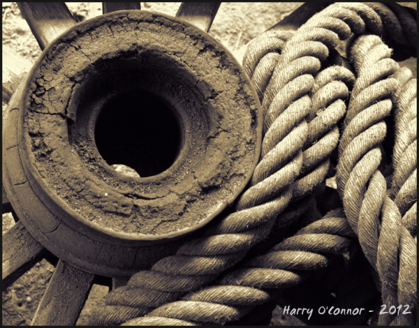 Hub and rope