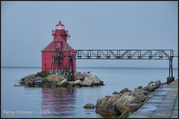 Canal station pier-head lighthouse I