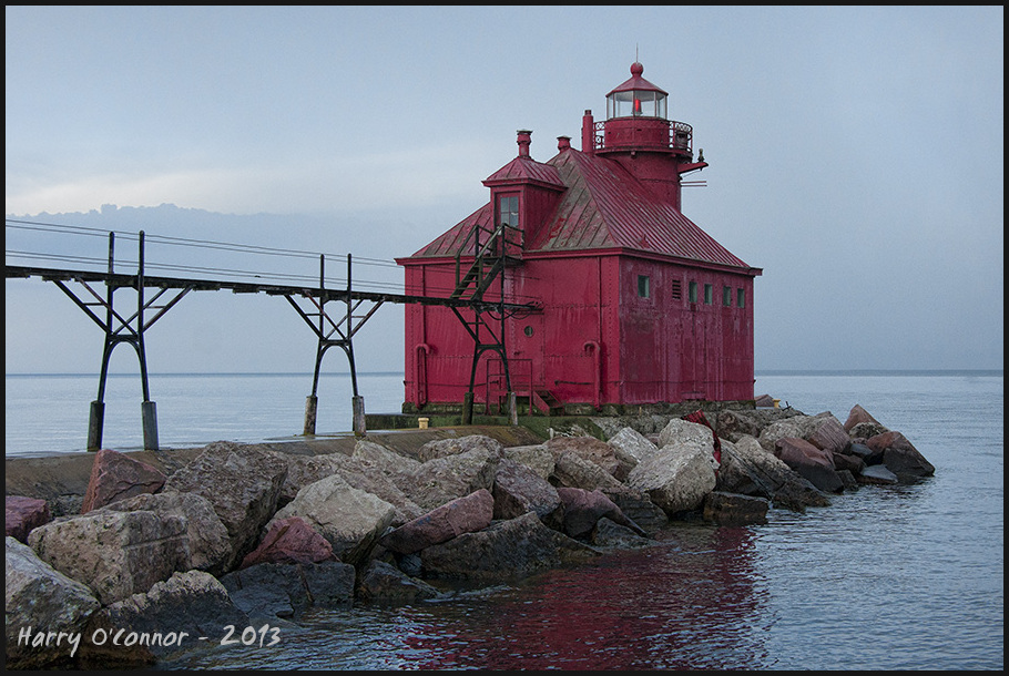 Canal station pier-head lighthouse II