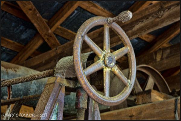 Wheel with handle