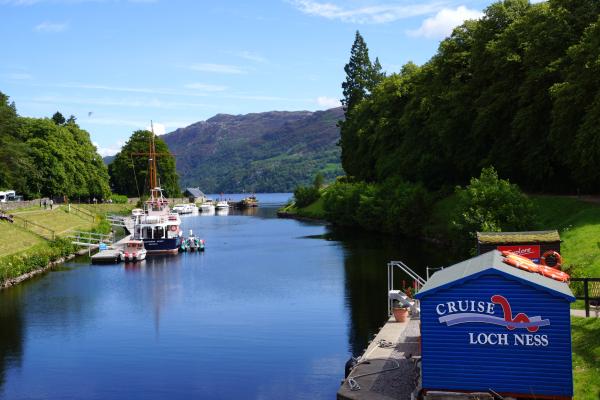 Croisière sur le Loch Ness/ Cruising Loch Ness