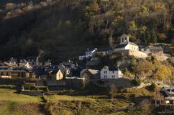 Village au soleil