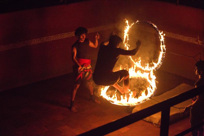 Jouer avec le feu.
