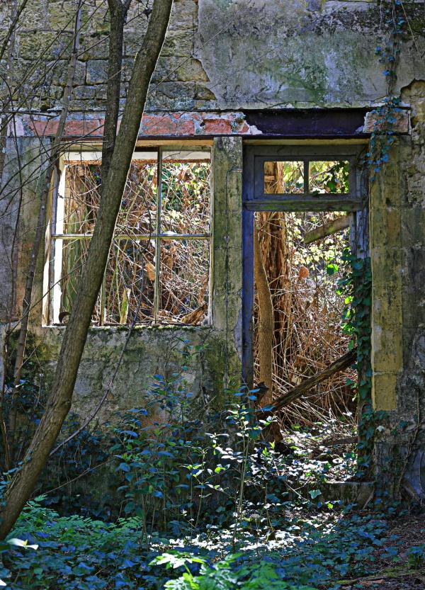 La maison abandonnée... 2
