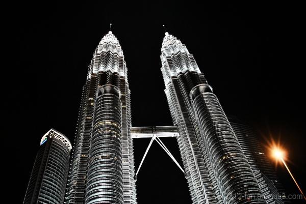 Petronas Twin Tower at night (part 2)