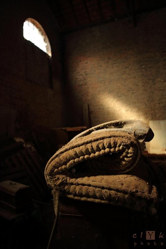clYk urbex old mattress stored vieux matelas remis