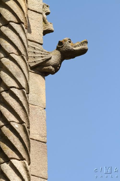 clYk gargoyle gargouille basilique Dinan