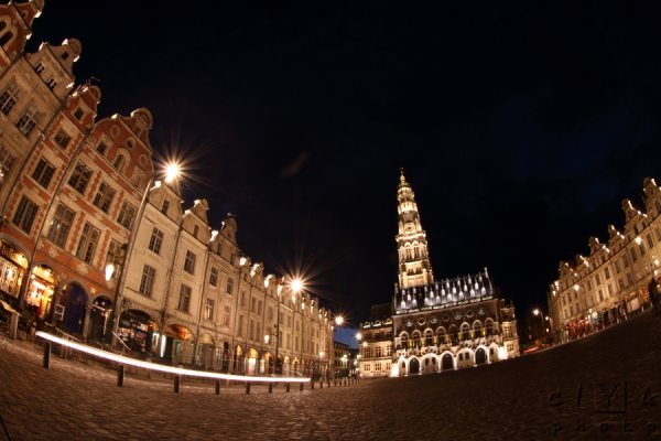 clyk architecture square place night nuit Arras