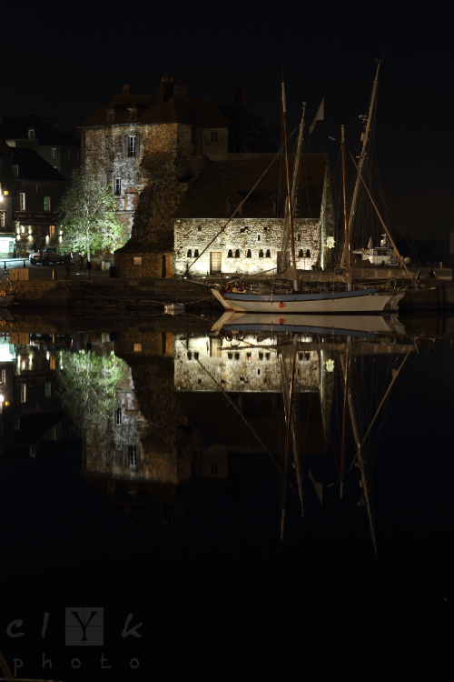 clYk harbor night Normandy Honfleur port nuit