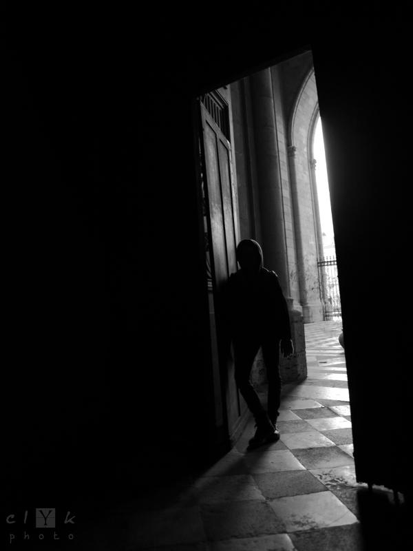 clyk shape silhouette bw nb door porte