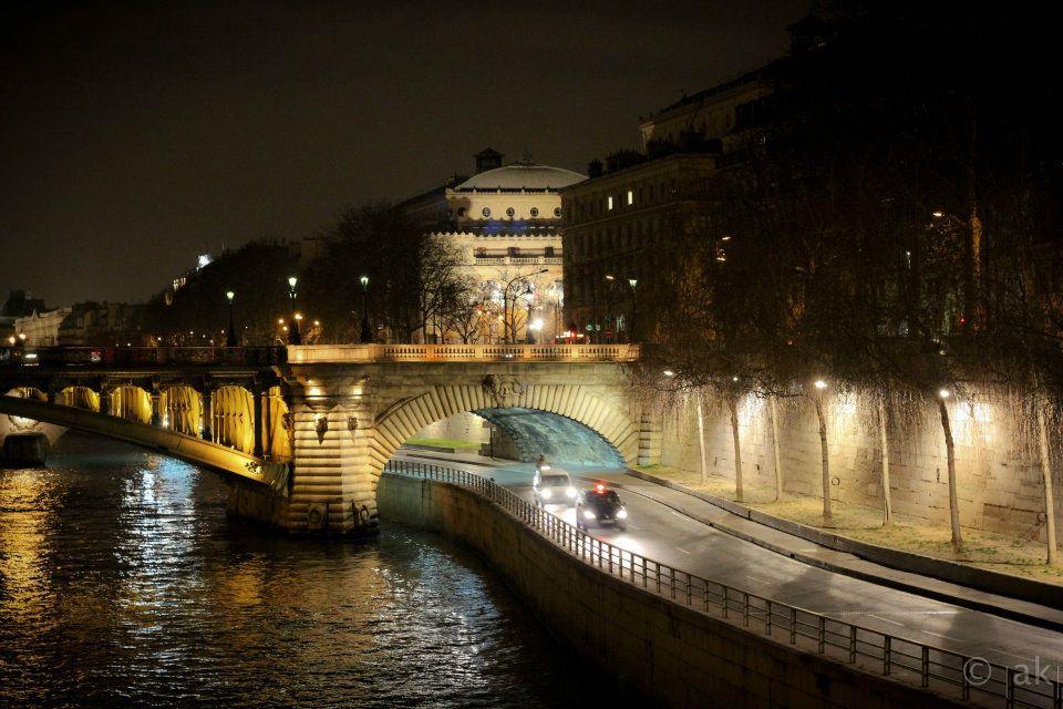 Paris pont voitures circulation