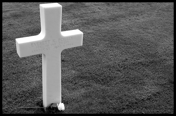 Tombe d'un soldat américain à Colleville sur Mer