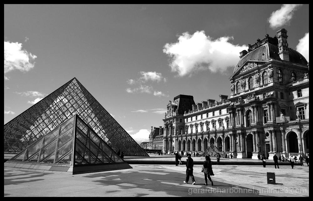 Palais du Louvre à Paris
