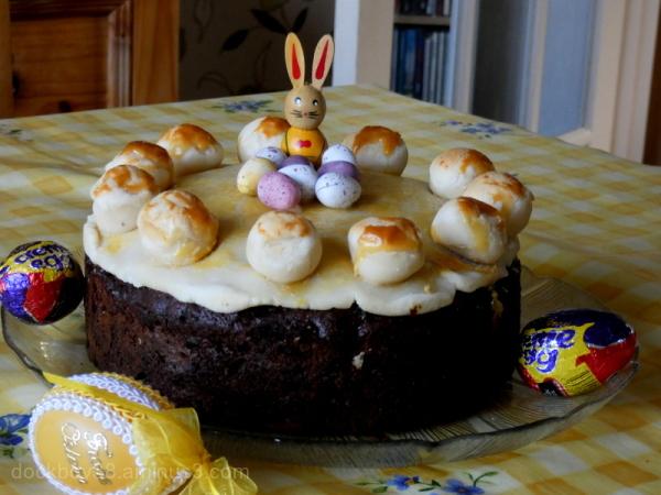 Simnel Cake ...