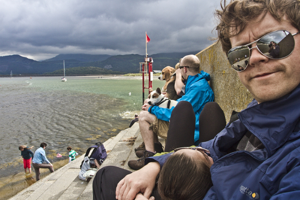 Ed and Jade, and the Barmouth crabbers