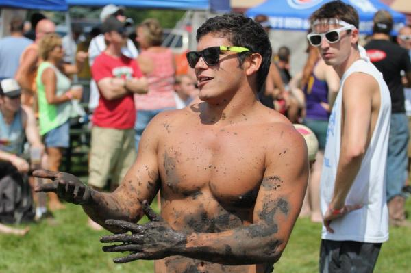 Mud Volleyball Tournament, Elburn Days