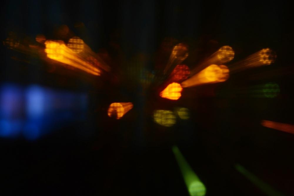 رقص نورها در باران