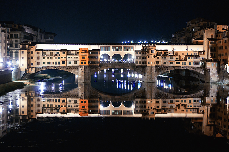 Ponte Vecchio - Night view