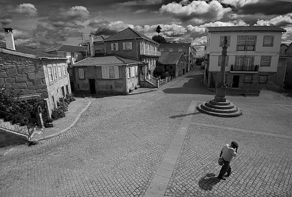 Santar, Praça, Pelourinho