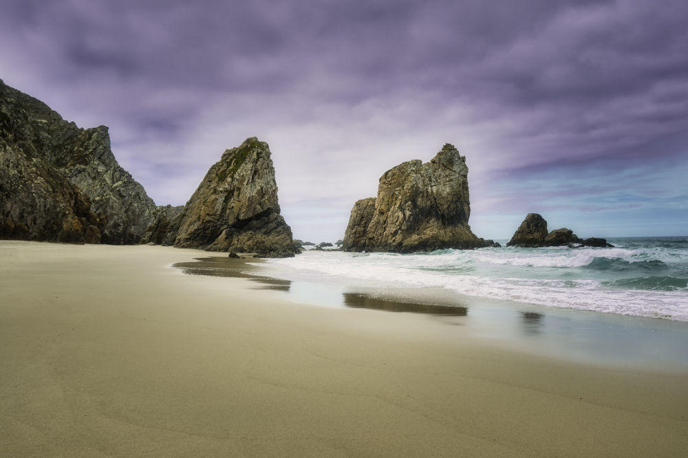 Empty beach in Portugal - Praia da Ursa