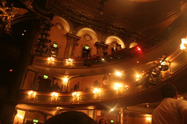 Hey Majesty theatre, phantom of the opera