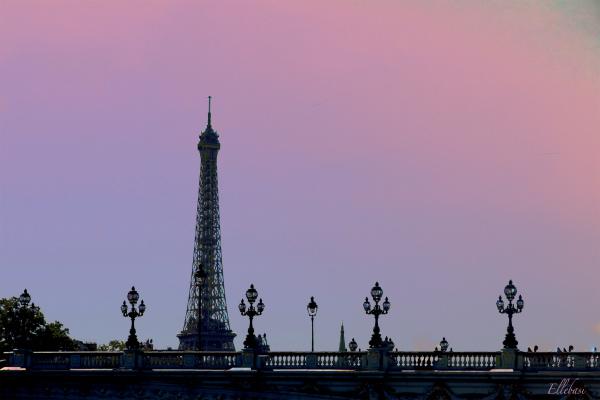 PARIS AVANT SOIR