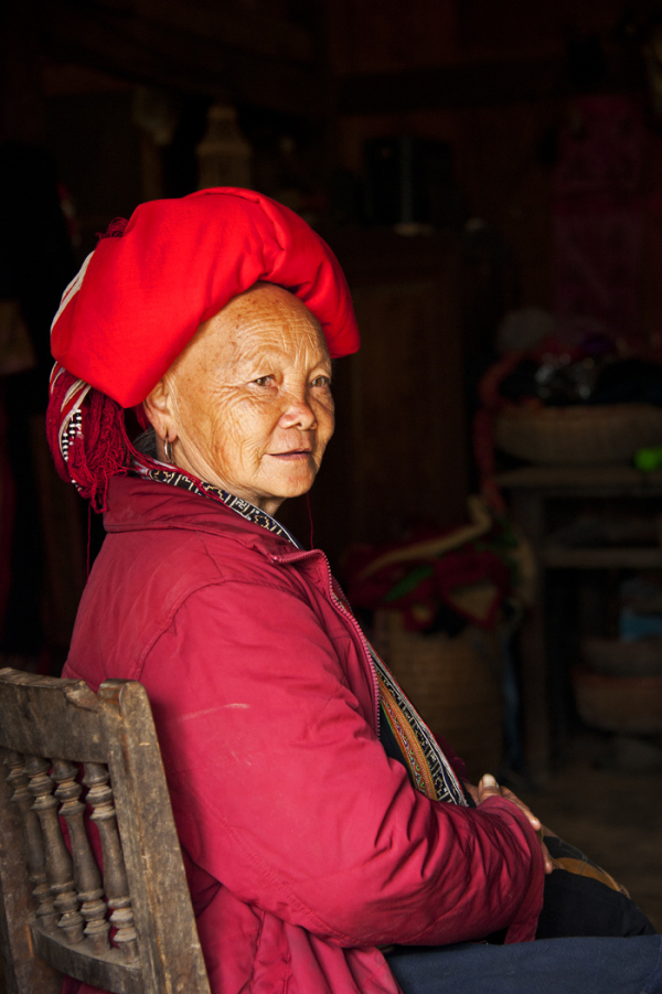 red Dzao woman tribe minority Sapa Vietnam
