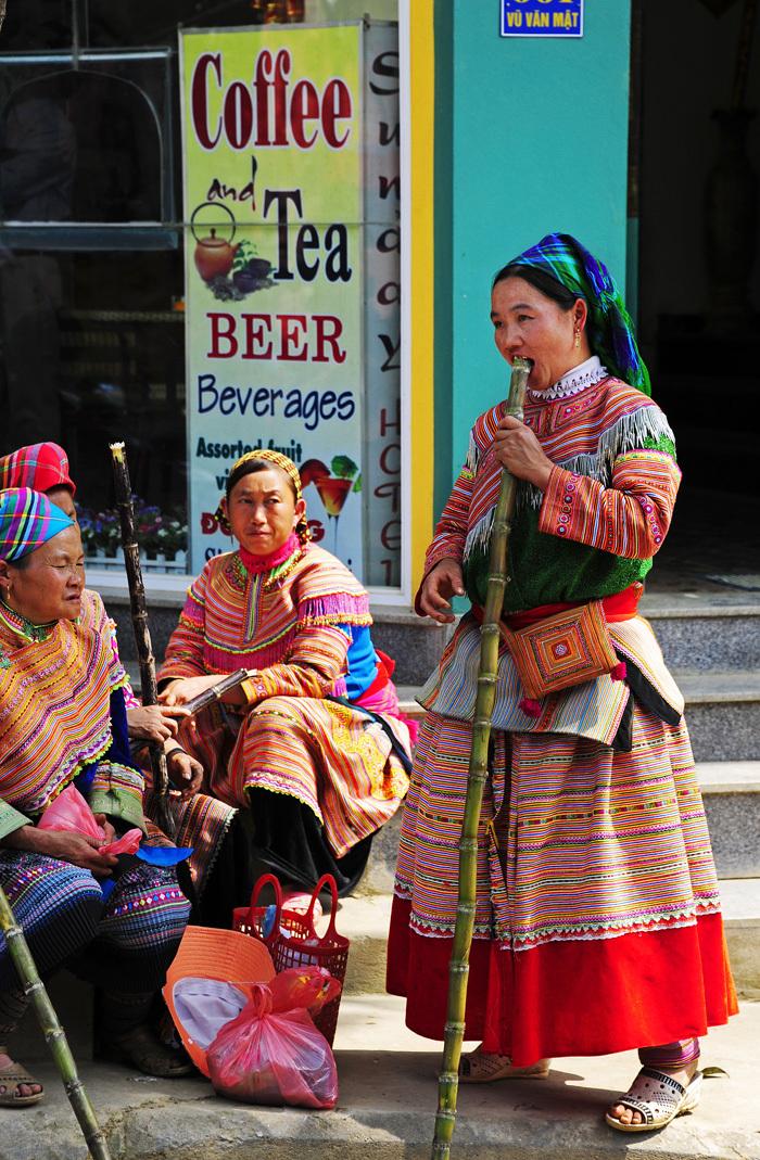 minority tribe colourful market Sapa women