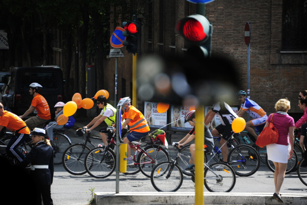 Cyclists in Rome