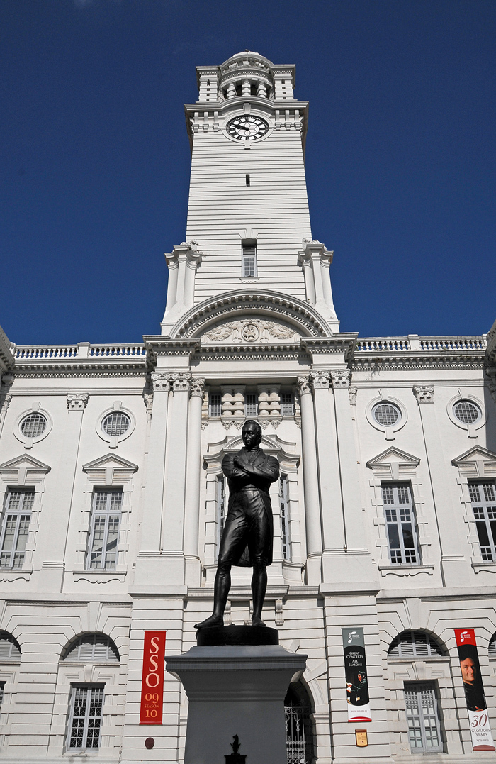 Statue of Stamford Raffles