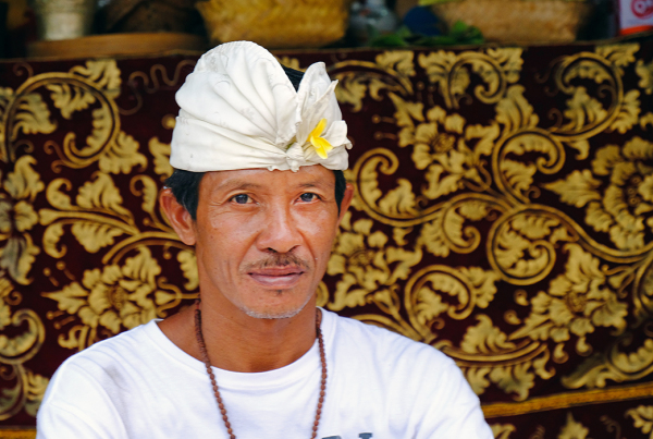 An official at Uluwatu Temple
