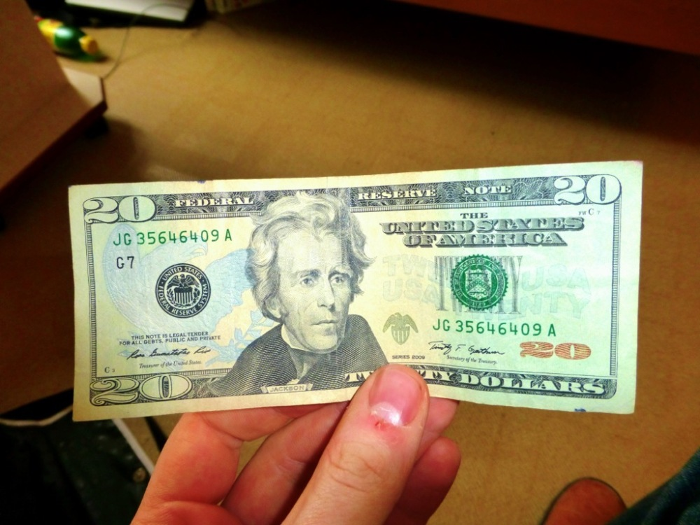 20 USD