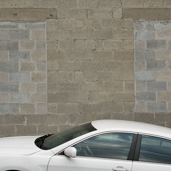 car wall window bricks