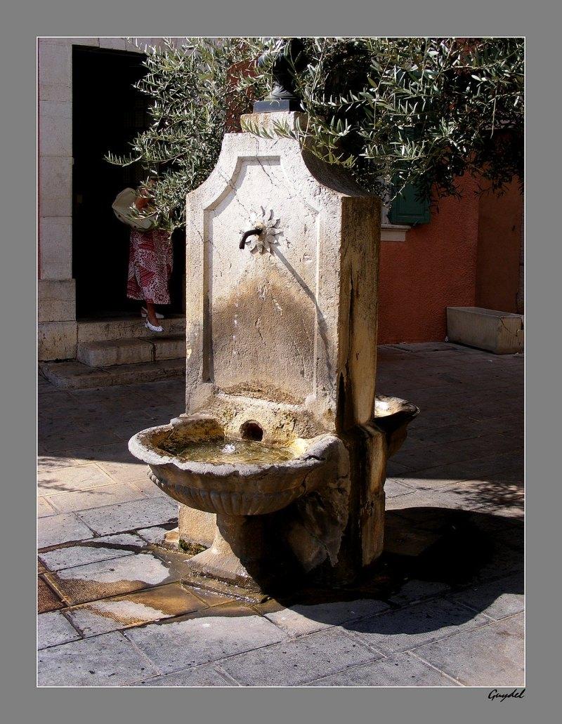 La Fontaine de la Poste ...