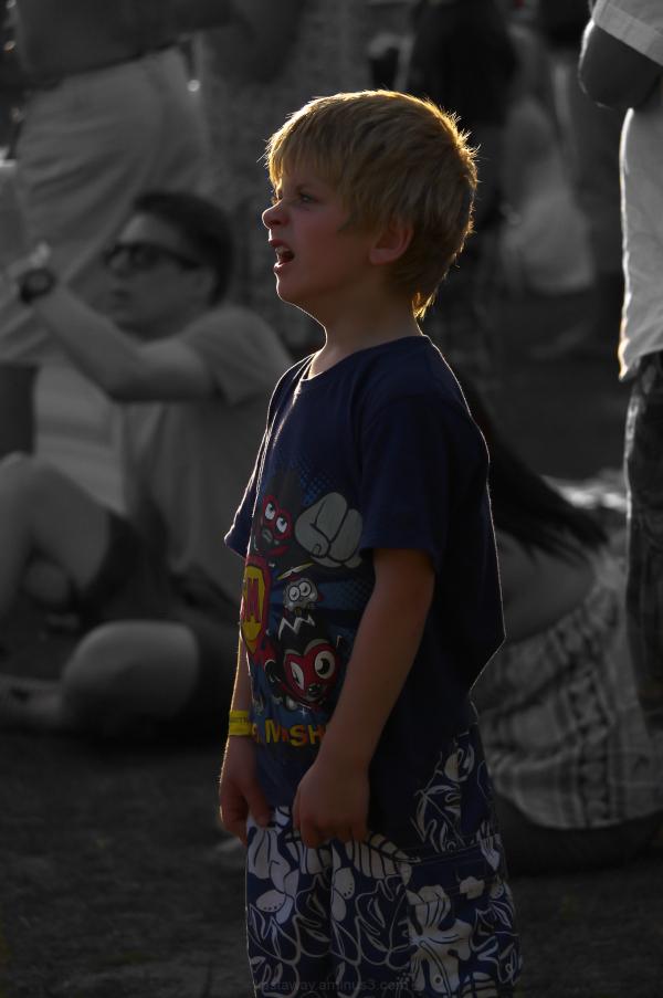 boy yawn balloon festival