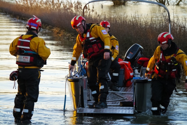 Muchelney floods rescue 2014 devon & somerset fire