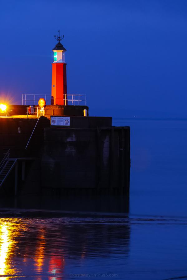 watchet sea port night light marker starboard