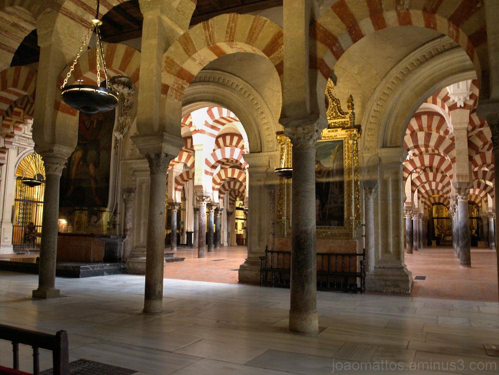 """interior de """" a mesquita """", córdova - espanha"""