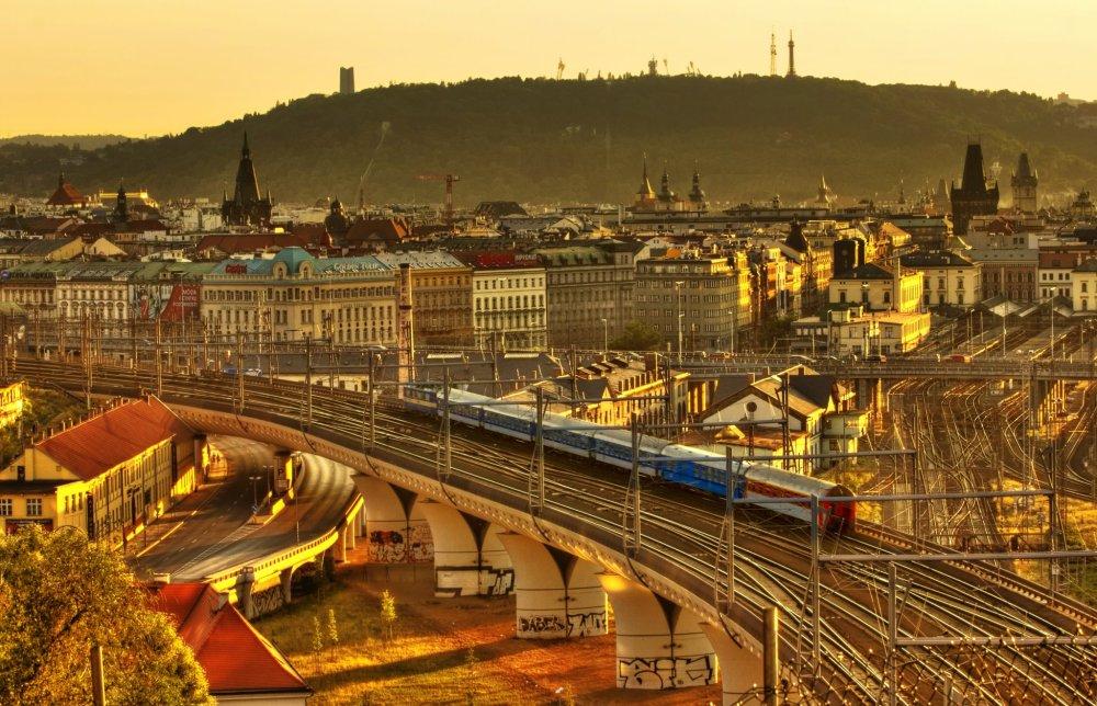 arriving to Prague Main Station