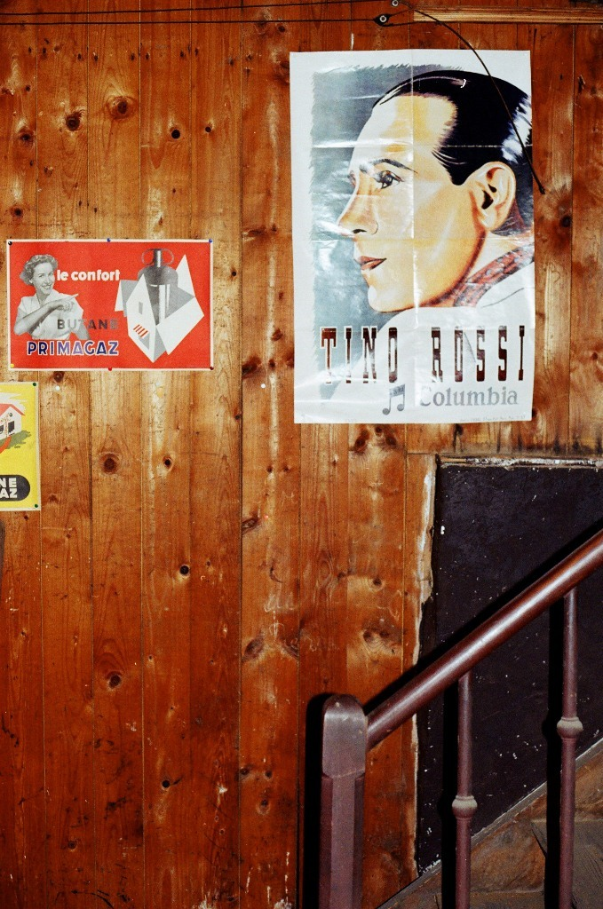 A poster of Tino Rossi, a famous French singer