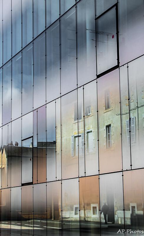 Urban reflection ...