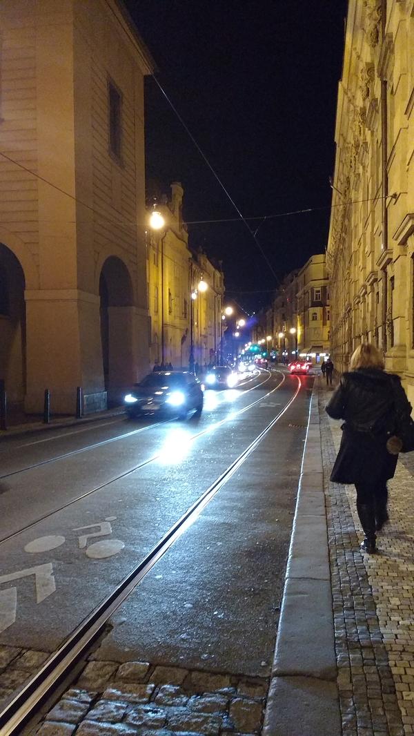 Parallel lines meet in Praha.