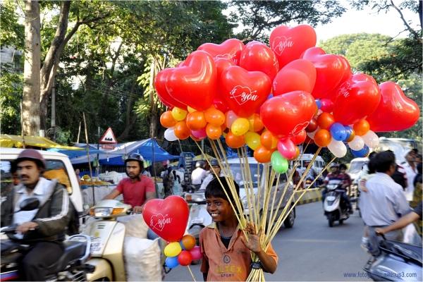The Little Balloon-seller  @Groundnut Fair   #6